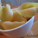 Макароны Конкильони (гигантские ракушки) с начинкой из куриного фарша
