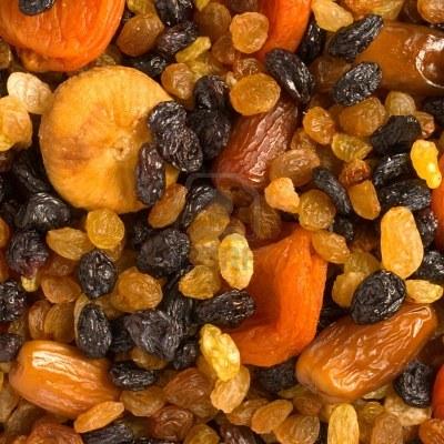 Лечебный салат для больных из меда и сухофруктов