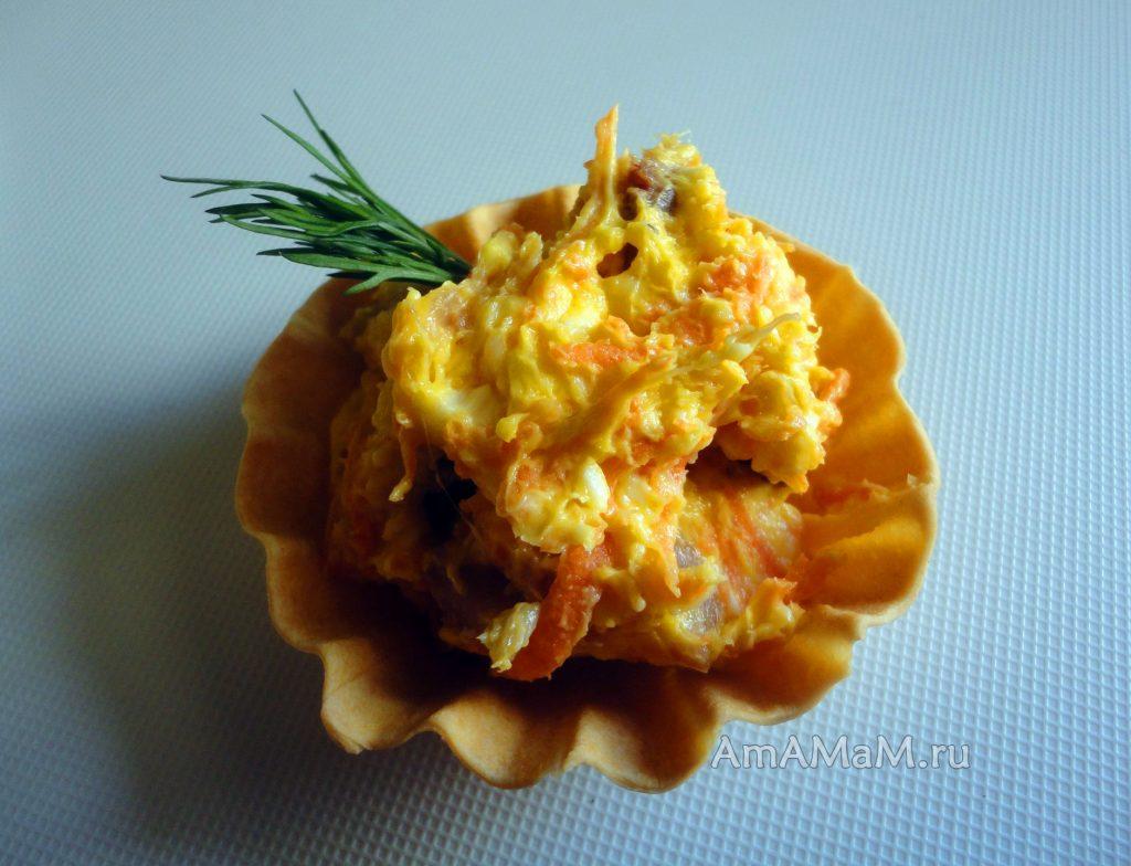 Икра из селедки, сырков, морковки и масла - рецепт с фото