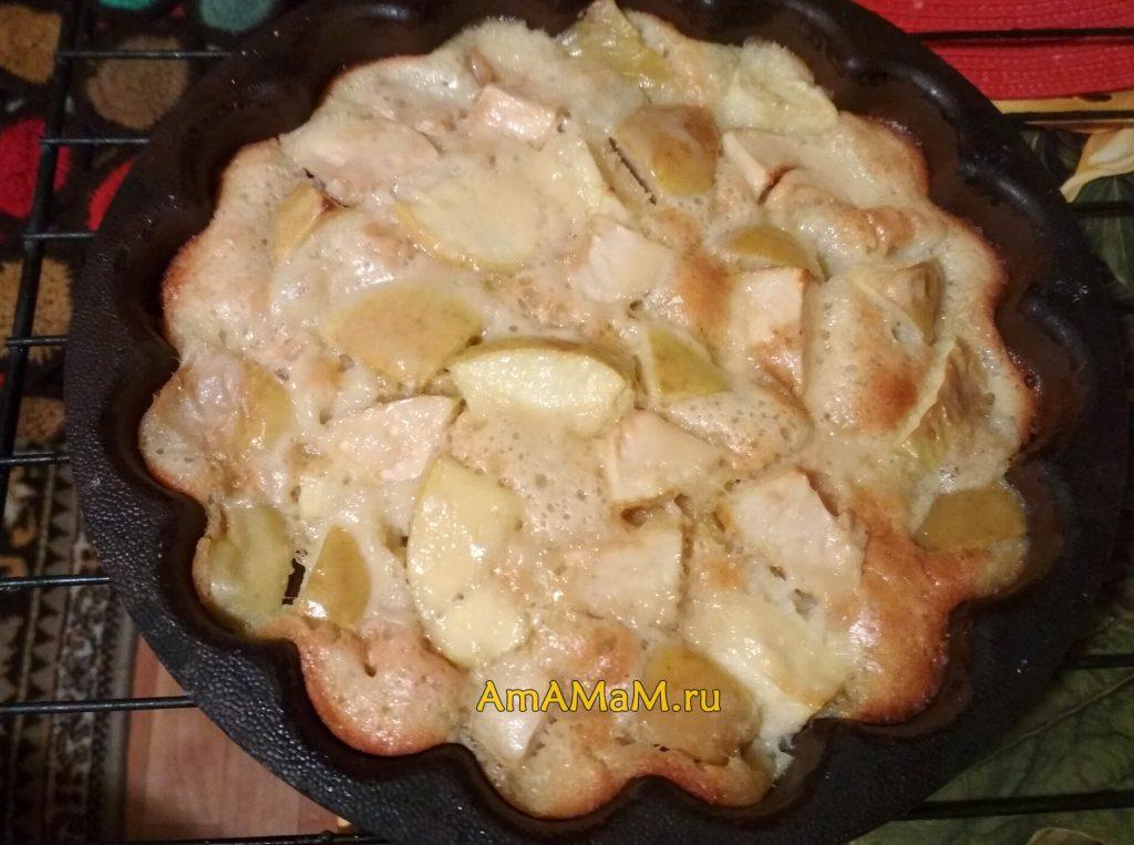 Яблочный пирог в формочке