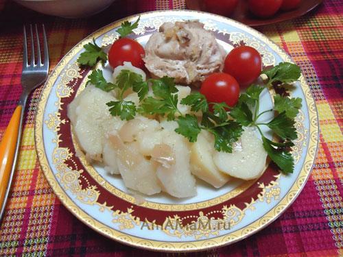 Очень вкусное куриное мясо, тушеное в духовке (курица в банке в собственном соку)! - рецепт и фото