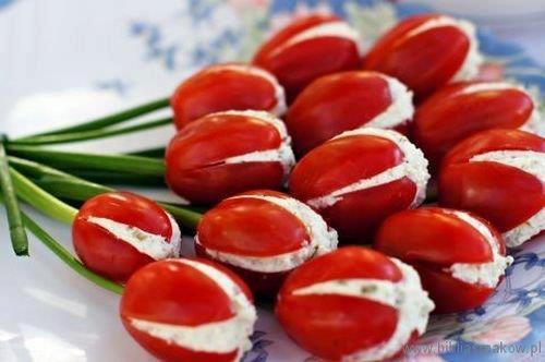Рецепт салата в виде тюльпанов (фаршированные помидоры)