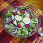 Салат из редиса, огурцов и яиц с пекинской капустой