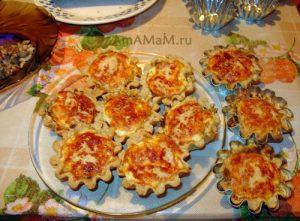 Фото корзиночек с грибным и куриным жульеном и рецепты