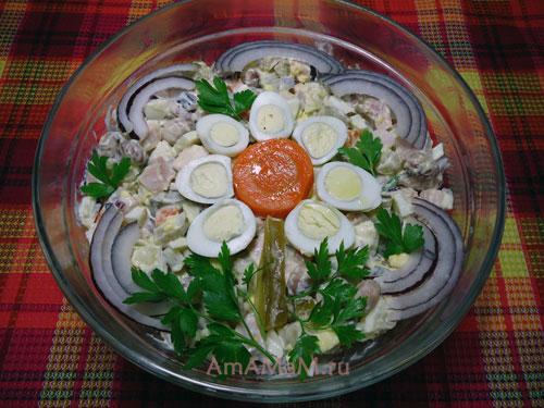 Как приготовить интересный салат с фасолью - рецепт и фото
