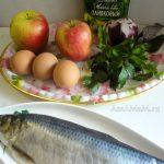 Фаршированные яблоки - селедочный салат