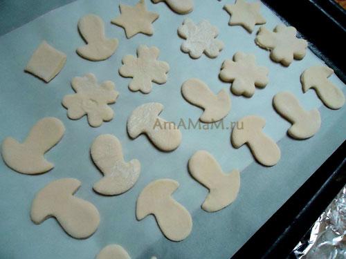 Печенье с сахаром и корицей из слоеного теста - рецепт и фото