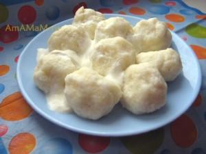 Рецепт ленивых вареников с манкой, скатанных в шарики-снежки