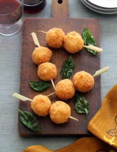 Итальянская закуска - рисовые шарики аранчини, очень вкусная и простая еда из остатков всякой всячины