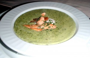 Рецепт супа из семги с моцареллой
