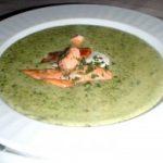 Суп из моцареллы с семгой