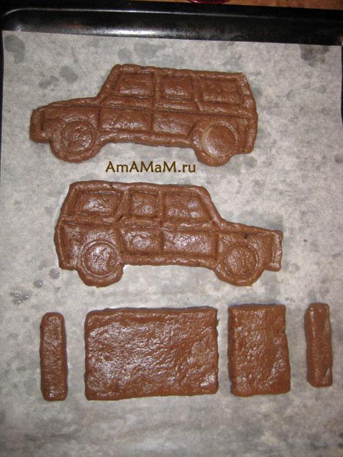 Выкладка печенья в форме машины на противне