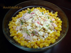 Рецепт с фото салата из копченого мяса с яйцами и кукурузой