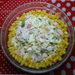 Салат с копченым мясом и кукурузой