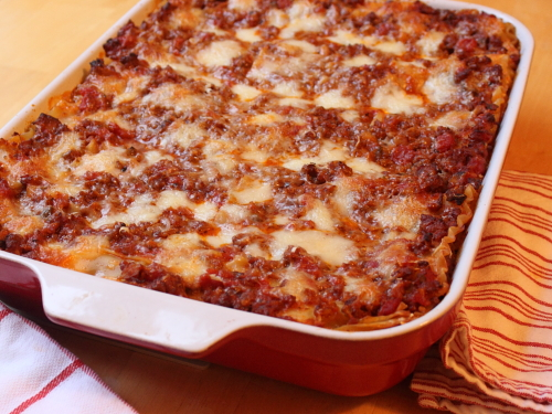 Рецепт лазаньи из фарша, сыра и помидоров - очень вкусно!