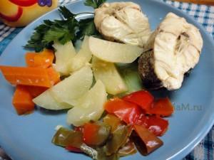 Пикша с картофелем и другими овощами-  простой рецепт диетического блюда