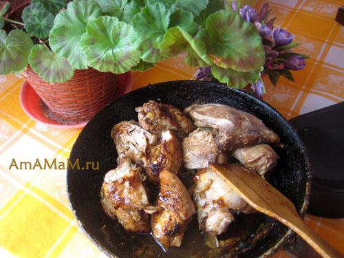 Сковородка с курицей - простой и вкусный рецепт с минимумом продуктов.