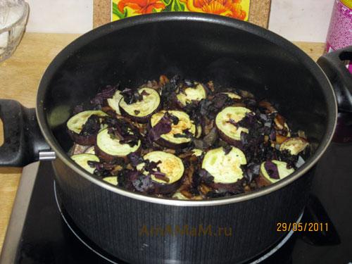Тушеное мясо с баклажанами - рецепт