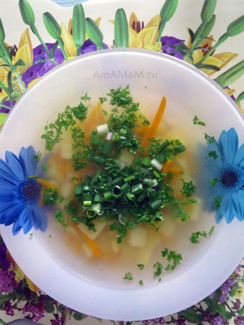 Рецепт ухи с картошкой и морковкой - мало продуктов - чистый и ясный вкус
