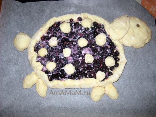 Барашек со смородиной - рецепт вкусного пирога с ягодами и фото