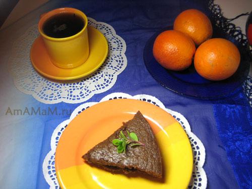 Рецепт постного пирога (шоколадного, на цитрусовом соке с изюмом) с фото