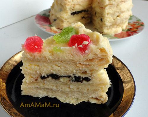 Фото торта в разрезе - из слоеных коржей и масляного крема