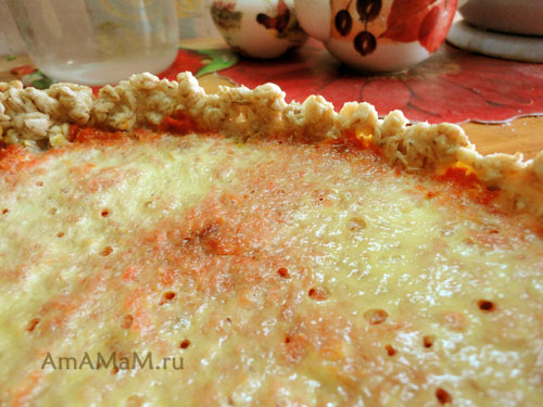 Фото морковного пирога с тестом на геркулесе