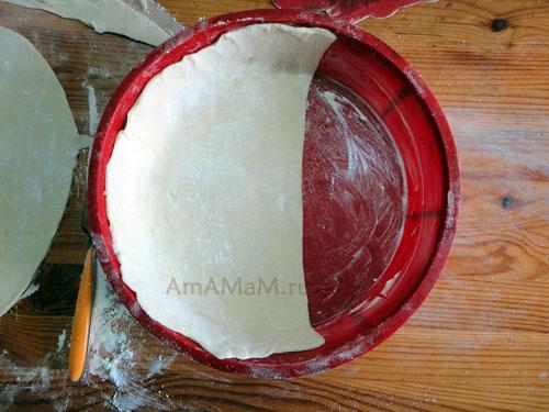 Рецепт лукового пирога из зеленого лука - фото