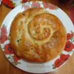 Пирог с зеленым луком и яйцами (дрожжевое тесто)