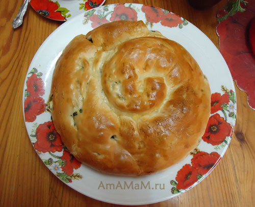 Пироги с зеленым луком - простой рецепт с фото