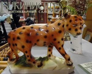 Немецкий антикварный фарфор в магазине Букинист (Тула)