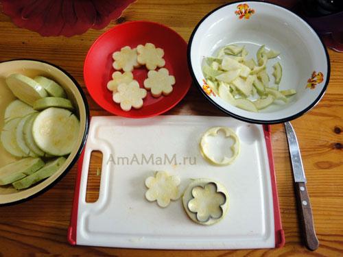 Рецепт кабачков с салатом из сырков с чесноком