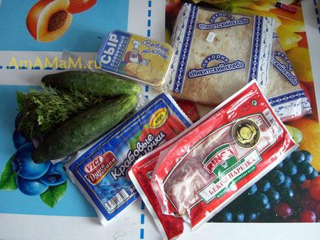 Какую начинку приготовить для закуски из лаваша, свернутого в рулет - рецепт и фото