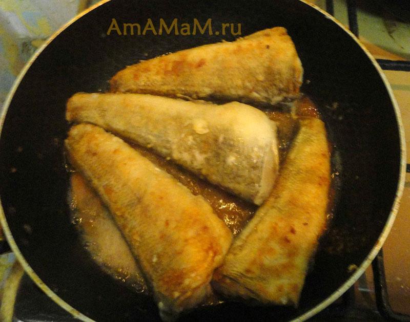 Жареная рыба нототения с овощным соусом - рецепт и фото