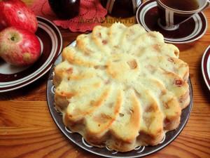 Приготовление яблочных пирогов - рецепт с фото