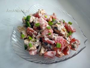 Салат со шпротами - фото и рецепт