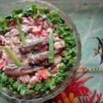 Салат из шпрот с помидорами