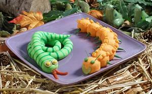 Фото змей из картофельного пюре