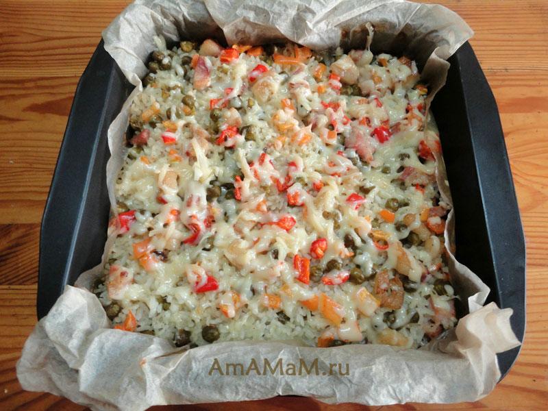 Рисовая запеканка с беконом форме для запекания