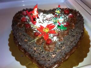 Красивый шоколадный торт для Нового года - фото