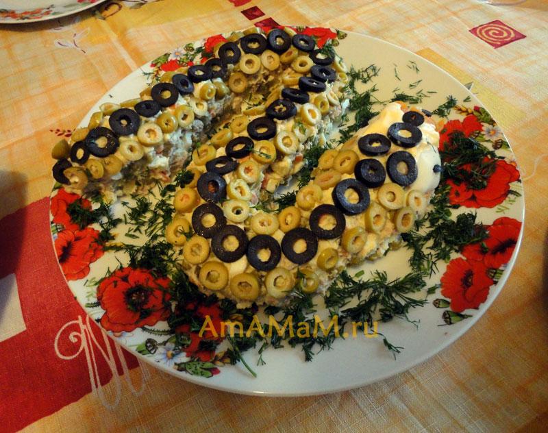 Приготовление новогодних салатов на 2013 год