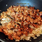 Простые блюда из лесных грибов - жареные лисички с капустой