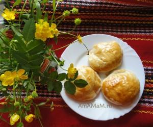 Слойки с помидорами - рецепт и фото
