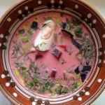 Рецепт холодного свекольника на кефире и говяжьем бульоне