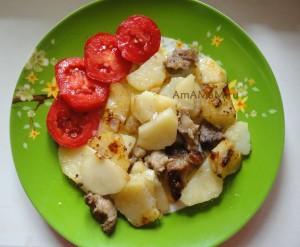 Как пожарить свинину с картофелем