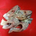 Что приготовить из карпа - рецепт рыбы, тушеной в сметане