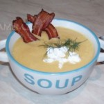 Суп-пюре из кабачков и тыквы с козьим сыром