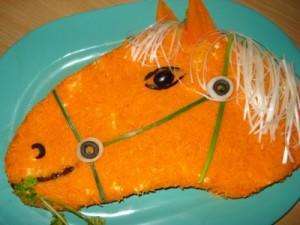 Как сделать салат в виде лошади - рецепты