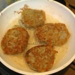 Способ приготовления колдунов (картофельных оладий)