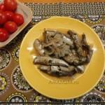 Что готовят из мойвы - тушеная мойва с луком и специями - очень вкусно!